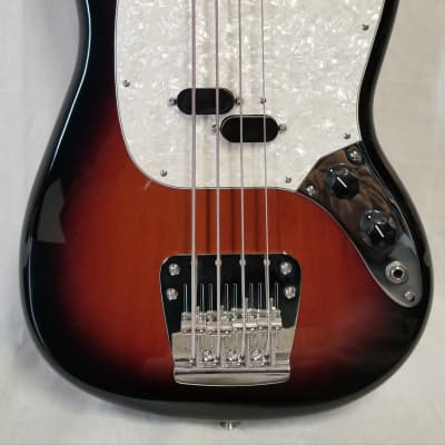 Fender Vintera '60s Mustang Bass, Pau Ferro Fingerboard, 3-color Sunburst for sale
