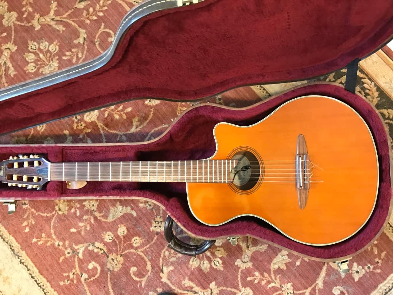 Yamaha Apx N Guitar