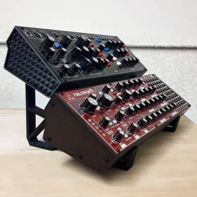 3DWaves Dual Tier Stands For The Behringer Model D, Neutron, Pro-One Analog Synthesizers Black