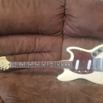 Squier Classic Vibe '60s Mustang , Indian Laurel Fretboard W/ Fender Upgrades 2017 Cream