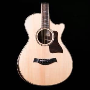 Taylor 812ce DLX 12-Fret Grand Concert Cutaway w/ ES2 Electronics Gloss Natural