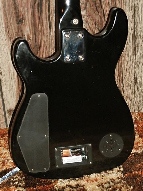 synsonics terminator guitar 7020 tabk with onboard amp reverb. Black Bedroom Furniture Sets. Home Design Ideas
