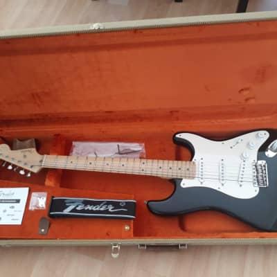 Fender Eric Clapton Artist Series Stratocaster with Vintage Noiseless Pickups 2001 - 2018 Black
