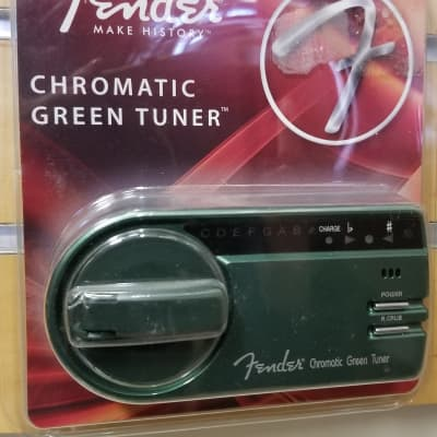 Fender GT-1000 Self-Powered Chromatic Green Tuner - New In Package!