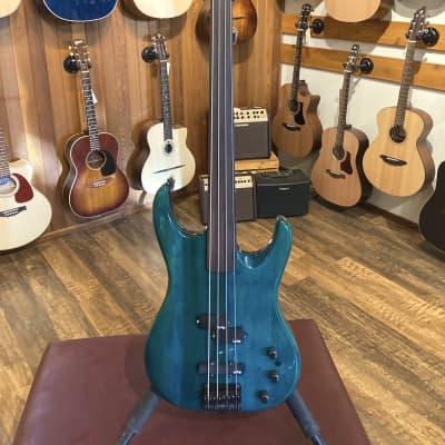 Vantage 330B Fretless Bass (Used) for sale