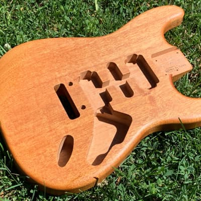 All-Natural Series: Light African Mahogany Strat (Woodtech, USA) Finished in Linseed Oil & Beeswax