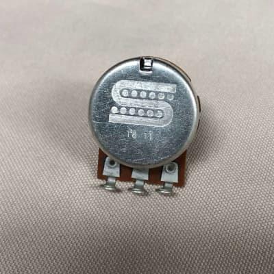 Seymour Duncan SDP-250 250K Smooth Turning Bourns Audio Pot, Split-Shaft