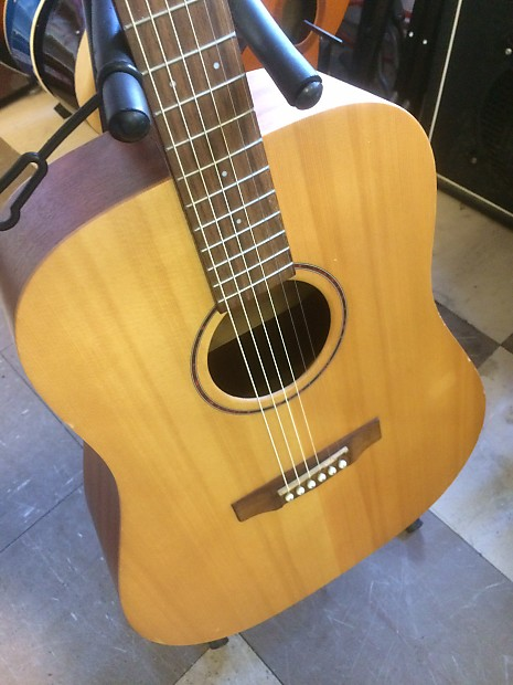 Cort Earth Grand OP Natural/Satin 4/4 Acoustic Dreadnought Solid Spruce Top