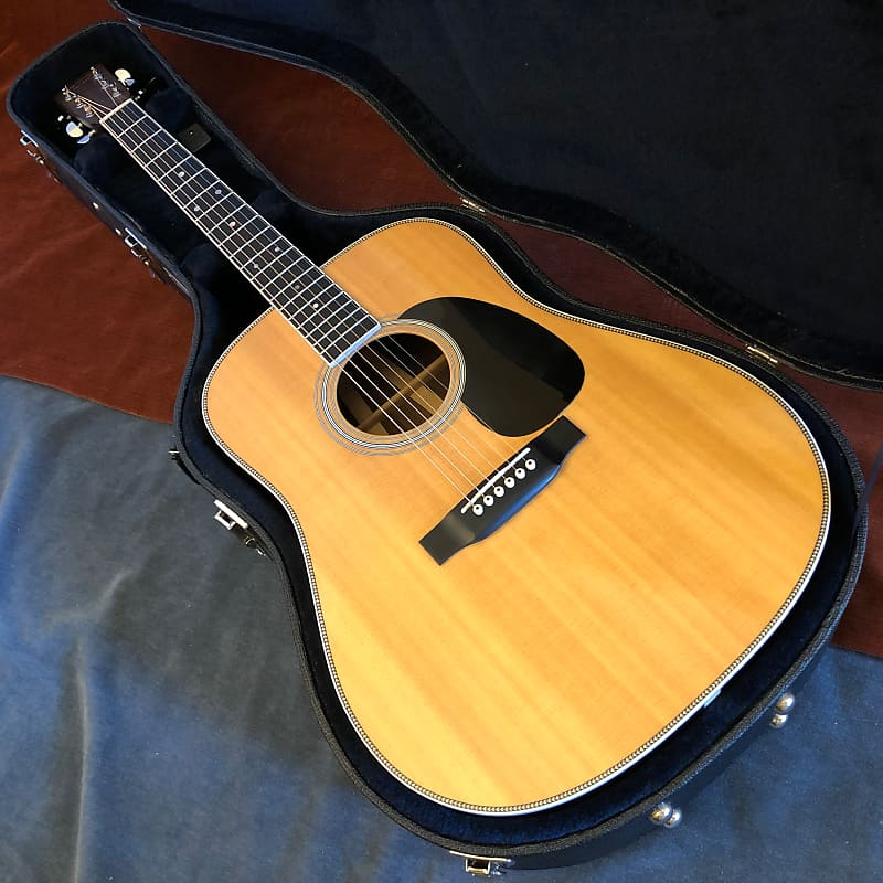 Martin HD-35 Dreadnought Centennial Acoustic Guitar Natural 2016 w/ Hard Case