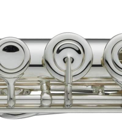 Yamaha YFL-577H Professional Flute Open Whole Flute -Offset G, Split E mechanism