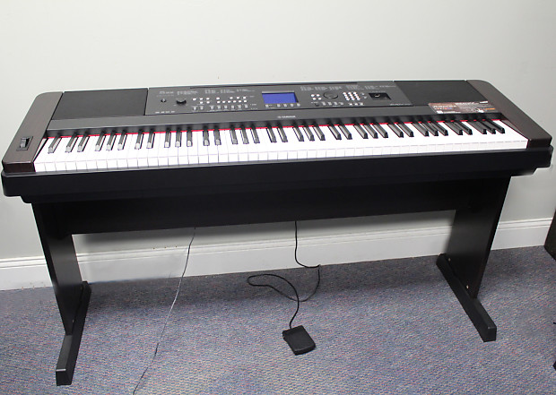 yamaha 88 key portable grand piano keyboard weighted dgx 650b reverb. Black Bedroom Furniture Sets. Home Design Ideas