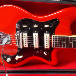 Avanti 3 Pickup Electric Guitar with Case 1965 for sale