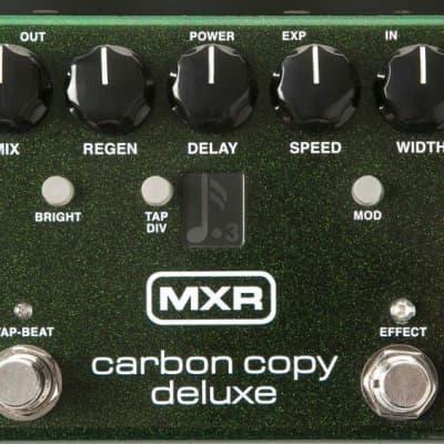 MXR M292 Carbon Copy Deluxe Analog Delay Pedal