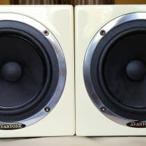 Avantone Audio MixCubes Passive (Pair) Buttercream image