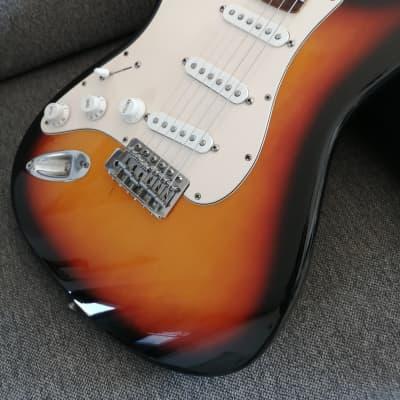 2001 Fender Player Stratocaster Left-Handed  3-Color Sunburst