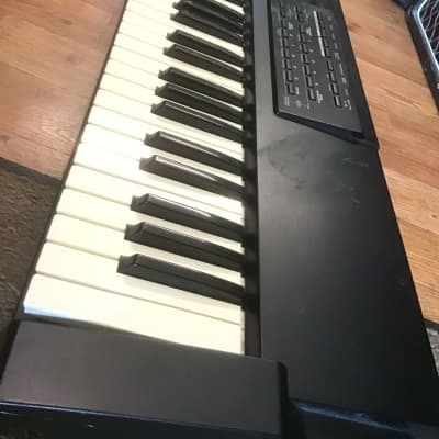 """""""Vintage"""" Roland XP-10 61-Key Multi-Timbral Synthesizer"""