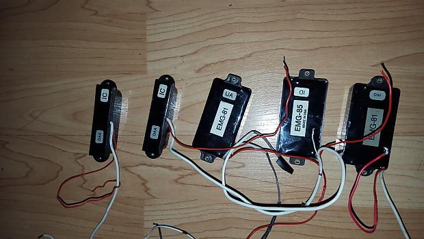 hardwired 1980's black emg 81, emg 85, emg s + pots, battery harness, input  jack