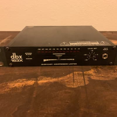 DBX 163X Over Easy Compressor / Limiter 2 of 2