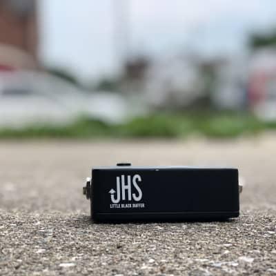 JHS Little Black Buffer