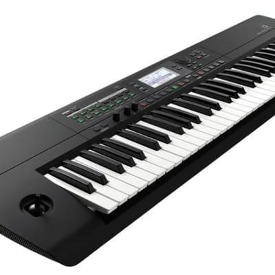 Korg i3 Music Workstation - Black