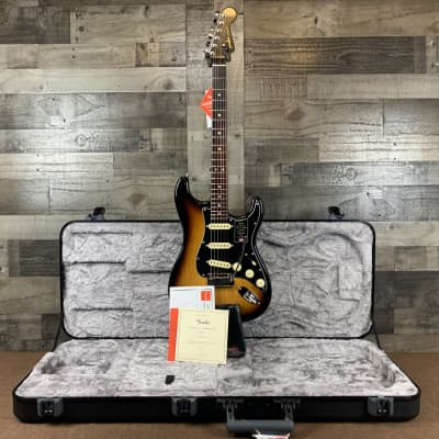 Fender American Ultra Luxe Stratocaster - 2-color Sunburst with Rosewood Fingerboard for sale