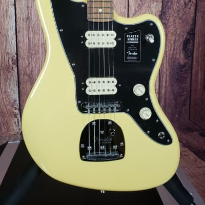 Fender Player Series JazzMaster in Buttercream