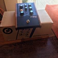 Moog Moogerfooger MF-107 FreqBox effect (like new in box)