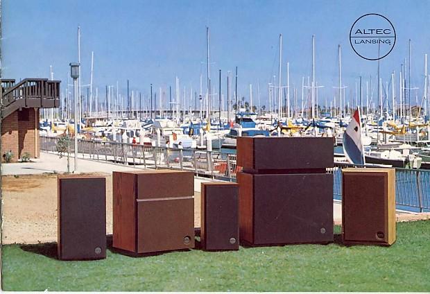 Pair Vintage HiFi Altec Model 15 1976? Walnut