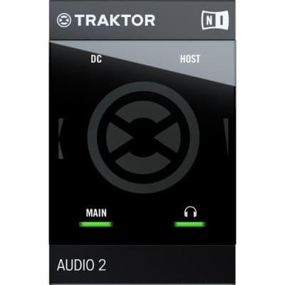 Native Instruments TRAKTOR AUDIO 2 MK2 Portable DJ Interface