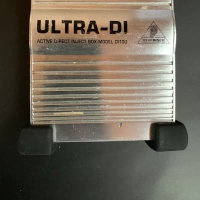 Behringer Ultra-DI DI100 Active Direct Box