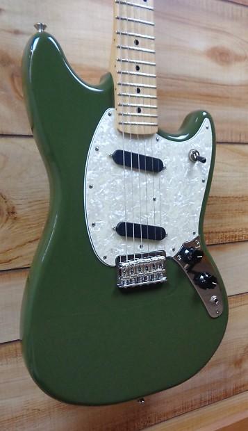 new fender mustang maple fingerboard electric guitar olive reverb. Black Bedroom Furniture Sets. Home Design Ideas