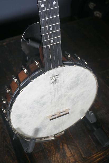 Deering Vega® Old Tyme Wonder Banjo | No Limit Guitar Co