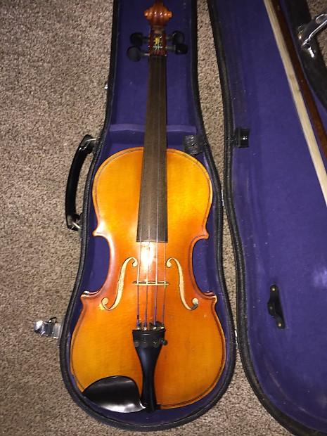 Suzuki Nagoya 1/2 Size Student Violin Kit 1979 Varnish   Reverb