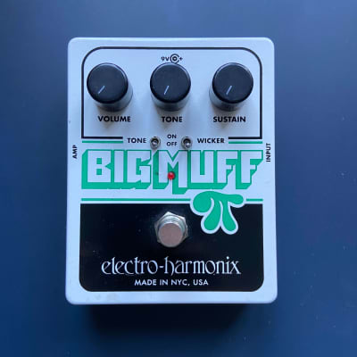 Electro-Harmonix Big Muff with Tone Wicker