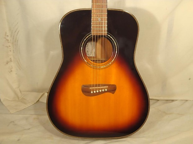 tacoma dm18 solid top acoustic guitar with hardshell case. Black Bedroom Furniture Sets. Home Design Ideas