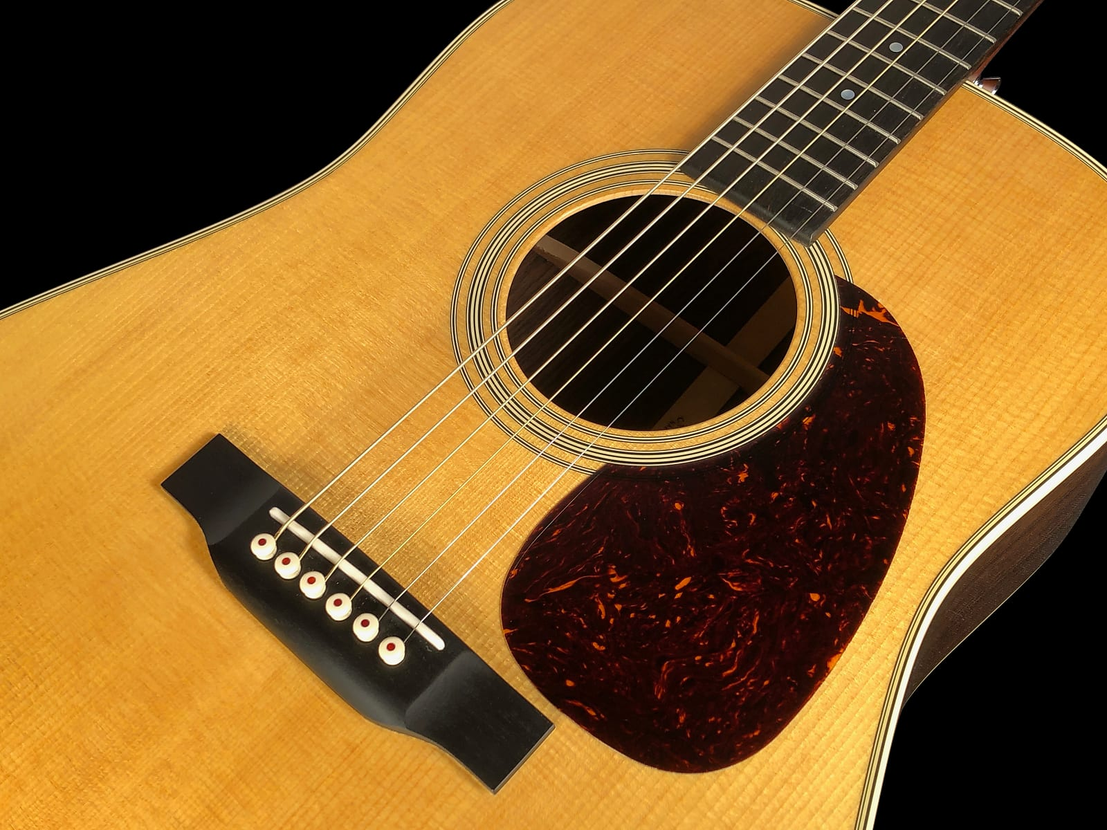 2018 Martin D-28 Dreadnought Acoustic with Rosewood Back & Sides ~ Natural