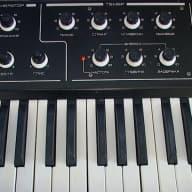 Formanta faemi 1m (my home demo-video!) soviet polyphonic analog synth, polivoks brother