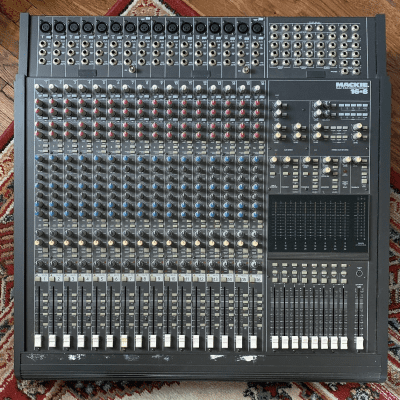 Mackie 16.8 16-Channel 8-Bus Mixing Console