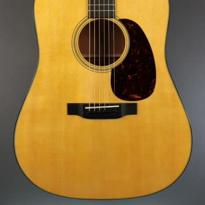 NEW Martin Standard Series D-18 - Natural (735)