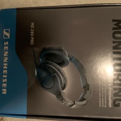Sennheiser HD 280 Pro Closed Back Headphones