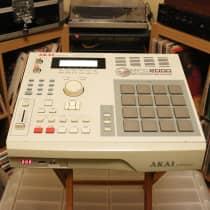 Akai MPC2000 1997 Grey image