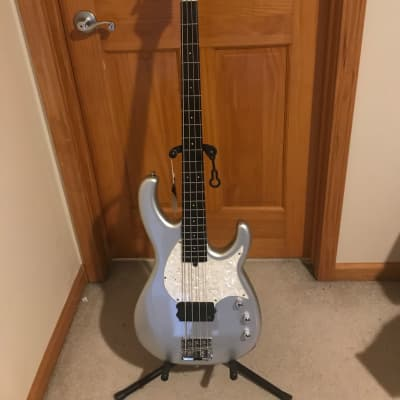 Modulus Flea bass/ORIGINAL LANE POOR 1999 Silver for sale