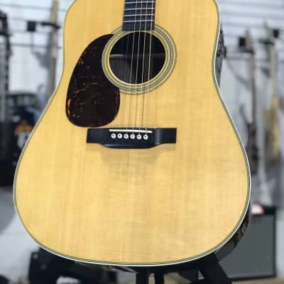NEW Martin Standard Series D-28L Left-Handed Dreadnought Acoustic w/ OHSCase + Free Shipping