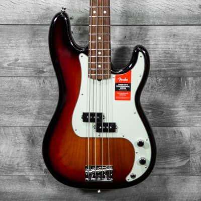 Fender  American Professional P-Bass Rosewood Fingerboard 3-Tone Sunburst