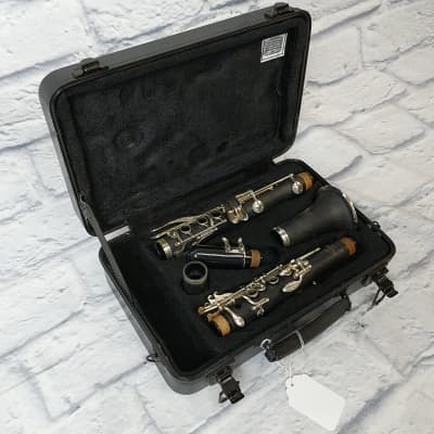 Selmer Aristocrat Clarinet Outfit w/case and mouthpiece AD09316029
