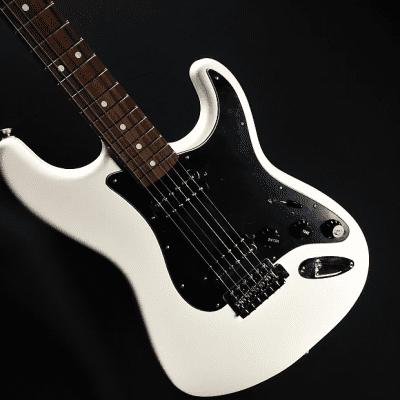 Fender Standard Stratocaster HH 2014 - 2017