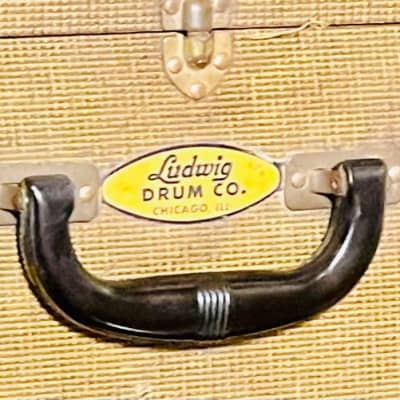 Ludwig Drum Co. late 20s snare drum Hard Trap Case with snare drum stand 1925-1931 Tweed