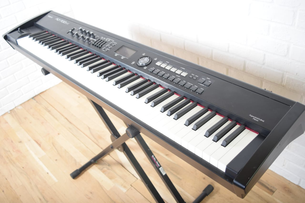 roland rd 700nx keyboard synthesizer near mint used 88 key reverb. Black Bedroom Furniture Sets. Home Design Ideas