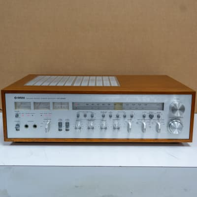 Yamaha CR-2020 Natural Sound Stereo Receiver