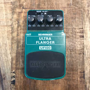 Behringer UF300 Ultra Flanger